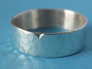 Silberring -Knospe- geschmiedet & gebürstet
