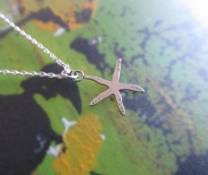 -Kleiner Seestern- Silberanhänger an passender Kette - Handarbeit kaufen