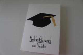 Glückwunschkarte zum Bachelor, Abschluss, Herzlichen Glückwunsch, Studium