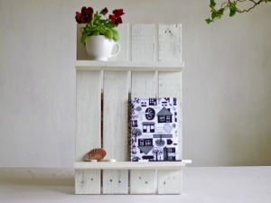 Palettenholz Regal,Wandregal,  tolles upcycling weiss shabby chic