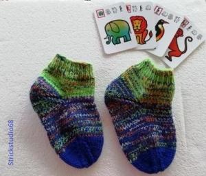 Kindersocken  -Gr. 24/25 - dickere Socken - handgestrickt- grün-blau-bunt - Handarbeit kaufen