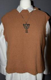 Pullunder  - Gr. 38/40 - Rundhalsausschnitt - handgestrickt - braun - weiches Garn  - Handarbeit kaufen