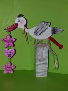 Klapperstorch mit Blumen und Herz Höhe 40cm individuell Bommelinchen - Handarbeit kaufen