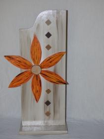 Dekostehle Blüte aus Holz Stehle mit Blüte Höhe 64cm Holzdeko - Handarbeit kaufen