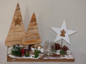 Weihnachtsdeko Magic Style aus Holz - Bäume - Sternen - Handarbeit kaufen