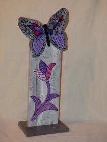 Dekostehle Fanatsie mit Blume und Schmetterling zur Dekoration oder als Geschenk aus Holz Höhe 60cm - Handarbeit kaufen