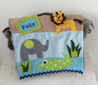 Handgefertigte Kindergartenrucksack mit Löwen, Krokodil, Elefant und Namen     - Handarbeit kaufen