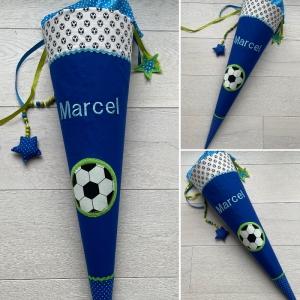 Handgefertigte Schultüte mit Fußball und Namen  - Handarbeit kaufen