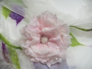 Elfenblüte zum Anstecken * Reserviert für M. *