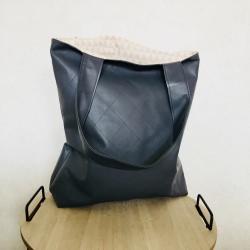 Elegante Shopper-Bag mit abgestepptem Kunstleder