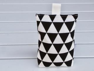 Türstopper schwarz und weiß mit Dreiecken (geometrisch)