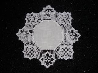 Häkeldecke, gehäkelte Decke mit einen zeitlos schönem Muster, häkeln, Handarbeit, NEU