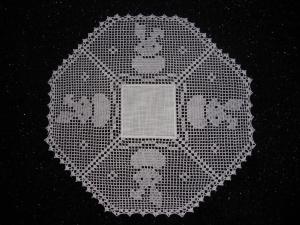 Handangefertigtes Deckcken, gehäkelte Decke, Häkeldecke, Ostern, Hase, Handarbeit, Neu - Handarbeit kaufen