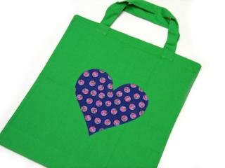 Stofftasche statt Plastiktüte! ~ selbstgenäht ~ grün, Herz