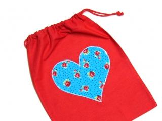 Turnbeutel - Sportbeutel - Beutel rot mit Herz- Handarbeit - Handarbeit kaufen