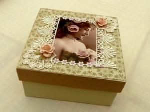 Edle Nostalgie Geschenkschachtel Schmuckbox mit Vintage Motiv Spitze Decoupage - Handarbeit kaufen
