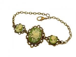 Armband im Antik Stil mit Kamee Rose grün bronzefarben vintage Schmuck Geschenk Frau - Handarbeit kaufen