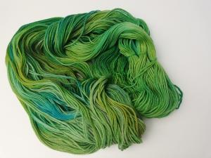 handgefärbte Wolle   kuschelweich   Sittich Variante 1