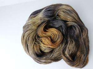 handgefärbte Wolle   glänzend   tigerauge Variante 2   Prinzenwolle