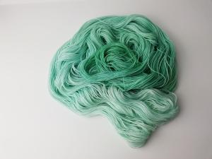 handgefärbte Wolle   glänzend   aqua Variante 1   Prinzenwolle