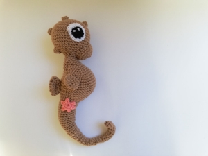 süßes Seepferdchen mit Seesternapplikation   Siggi Seepferd   reines Deko-Objekt
