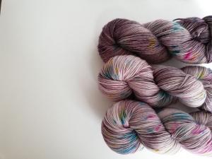 handgefärbte Wolle   3er-Set   Konfetti auf'm Boden   Prinzenwolle