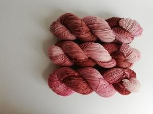 Prinzenwolle   pure - maroon   ☆ Lanartus - fms ☆   handgefärbt