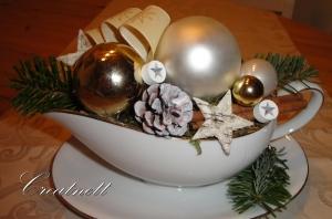 ☆ Tischdeko in Porzellansaucierre im weihnachtlichen Look ☆