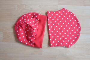 Beanie/Mütze und Loop/Schal rot mit weißen Punkten - Handarbeit kaufen