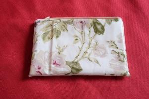Kosmetiktäschchen Schmiktäschchen beige mit Rosenmuster - Handarbeit kaufen