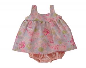 Zauberhaftes Babykleid mit Rüschenhose im Retrostil Gr. 74/80 - Handarbeit kaufen