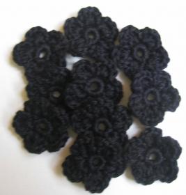 5 Häkelblumen einfarbig, ca. 3,5 cm