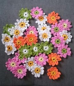 10 Häkelblumen Margerite, ca. 3,5 cm - Handarbeit kaufen