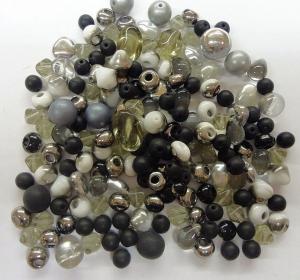 Glasperlenmischung schwarz-silber - Handarbeit kaufen