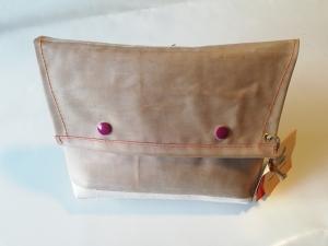 Tasche aus Luftmatratze, 70er Jahre, Unikat, Clutch, Kulturtasche, Druckknöpfe, Gummiboot, Recycling, Klimaschutz, Upcycling (Kopie id: 100216231)