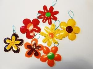 Tolle Aufhänger aus LKW Plane für drinnen und draußen, Garten, Baum, Frühling, Blumen, Strauch, bunt, rot, orange, Balkon, gelb, blau, weiß