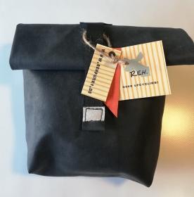 Rolltasche aus Luftmatratze,  Brotbeutel, wasserfest, toll und cool, 70er Jahre, beige, blau, Gummi, Utensilo (Kopie id: 100216243) (Kopie id: 100216248) (Kopie id: 100217336)