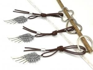 Schlüsselanhänger Engelsflügel Leder Lederband Flügel Feder Mann Taschenanhänger Wechelanhänger Anhänger Glücksbringer Geschenk für Männer