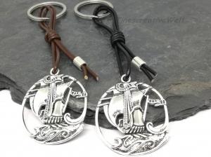 Schiff, Piratenschiff, Schlüsselanhänger, Lederband, Anhänger, Geschenk für Männer  - Handarbeit kaufen