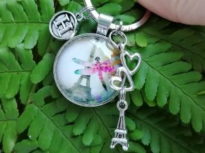 Personalisierter Schlüsselanhänger, Libelle, Eiffelturm, Glascabochon, Liebe, Geschenk - Handarbeit kaufen