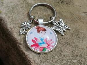 Schlüsselanhänger, Elfe, Fee, Blume, Schmetterling, Glascabochon, Geschenk für Frauen - Handarbeit kaufen