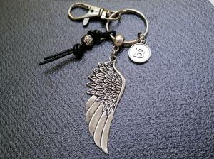 Personalisierbarer Schlüsselanhänger, Engelsflügel, Leder, Taschenanhänger, Glücksbringer, Karabinerhaken mit Wirbel, Geschenk für Männer - Handarbeit kaufen