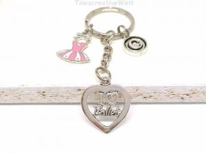 Personalisierter Schlüsselanhänger, Ballett, rosa Kleid, Ballerina, Tanzen, Glücksbringer, Geschenk - Handarbeit kaufen
