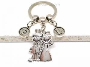 Personalisierter Schlüsselanhänger, Braut, Bräutigam, Hochzeit, Hochzeitspaar, Taschenanhänger, Geschenk - Handarbeit kaufen