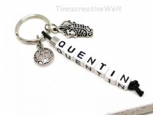 Personalisierter Schlüsselanhänger, Fußball, Ball, Fußballschuh, Buchstabenperlen, Geschenk für Jungen, Geschenk für Männer - Handarbeit kaufen