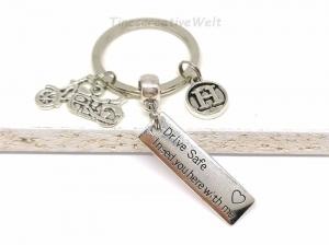Personalisierter Schlüsselanhänger Drive Safe, Motorrad, Schutzengel, Fahr vorsichtig, Glücksbringer, Motorradreise, Geschenk Mann und Frau - Handarbeit kaufen