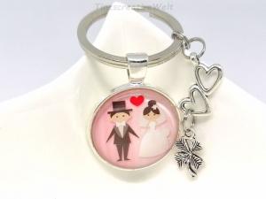 Schlüsselanhänger, Hochzeit, Herz, Kleeblatt, Glascabochon, Liebe, Glücksbringer, Hochzeitspaar, Geschenk für Brautpaar - Handarbeit kaufen