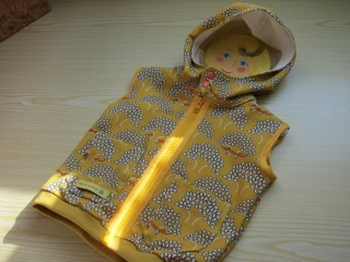 Ärmellose Weste senf gelber Hoodie in Öko Baumwolle mit Reißverschluß Größe 74 - Handarbeit kaufen
