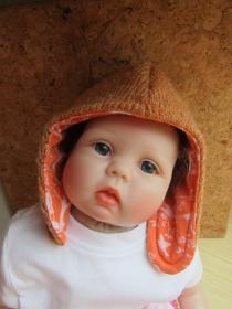 Winter Wolle Zwergl Mütze in Ocker und Orange, mit Filz Spiralen Orange Pompom