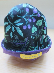 Botanik Mütze, Mütze in purpur und grün, Mütze zum Set, Öko Mütze, Gr 50 52 cm - Handarbeit kaufen